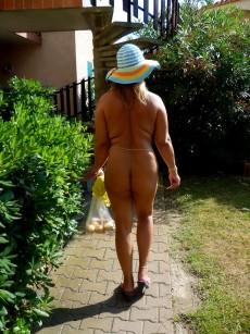 Nackt zu Hause: 48 Stunden nackt - mein FKK-Experiment